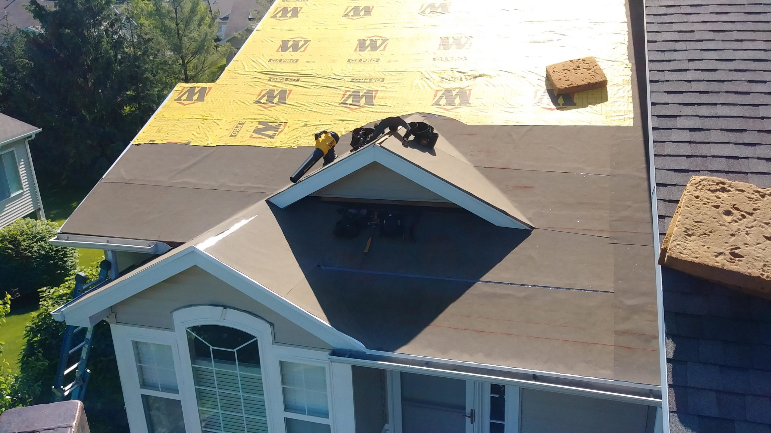 thompson home improvement roofing project insultation